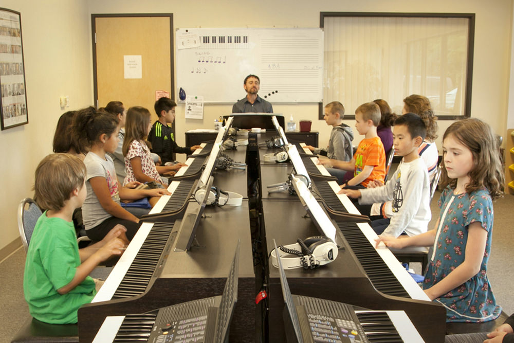 Children's Music Courses   Harmony Road Music Course